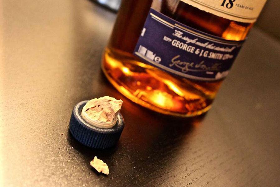 Un bouchon cassé peut être néfaste pour la conservation de son whisky sans frigo